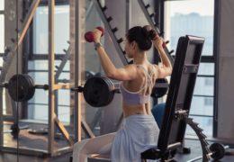 Batony proteinowe – wygodna przekąska aktywnych